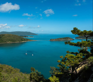 South Molle Island, Whitehaven Beach or Chalkies Beach trip | Whitsunday Water Taxi Transfers